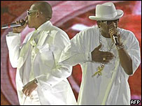 Jay-Z (left) and R Kelly on stage
