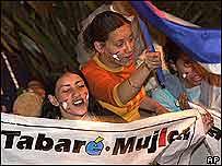 Manifestaciones de apoyo al nuevo gobierno en Uruguay.