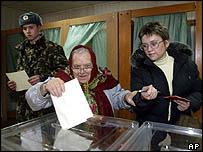 Ukrainian voters in Kiev