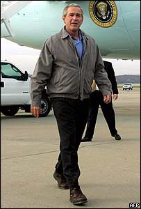 George W Bush lands in Pittsburgh, Pennsylvania, on Monday