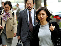 Lawyers for Mr Fischer arrive in court, 2 Nov 2004