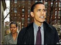 Barack Obama and his wife head to the polling station in Illinois