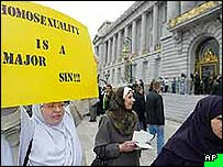 People protesting against gay marriage in San Francisco