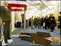 George W Bush and John Kerry figures