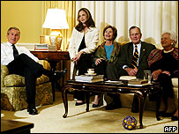 Джордж Буш в кругу семьи