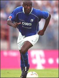 Cameroon and Bochum's Raymond Kalla