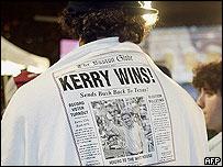 Man wearing 'Kerry wins!' t-shirt