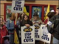 Civil servants on PCS strike in Glasgow