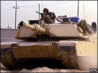 A US Abrams tank near Falluja