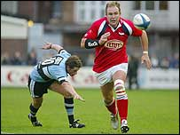 Scott Quinnell in action at the Arms Park