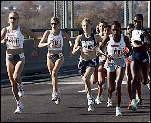 The marathon's elite runners stay close to Radcliffe early on