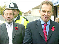 David Blunkett and Tony Blair join patrols in Falonwood, near Welling on Tuesday
