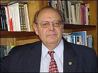 Pedro Barcia, presidente de la Academia Argentina de la Lengua