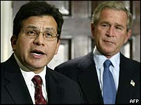Alberto Gonzales and President George W Bush