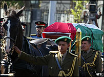 El féretro con los restos de Arafat