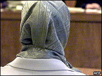 Muslim teacher at tribunal in Germany