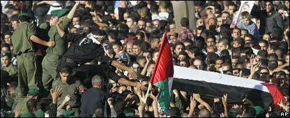 Féretro de Yasser Arafat