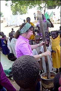 Roberta Gately with children at the Kalma camp