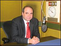 Премьер-министр Грузии Зураб Жвания в студии Русской службы Би-би-си