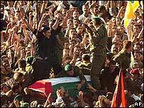 Llegada del cuerpo de Arafat a Ramala.