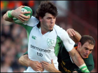 Shane Horgan tries to break clear of Jaco Van der Westhuyzen