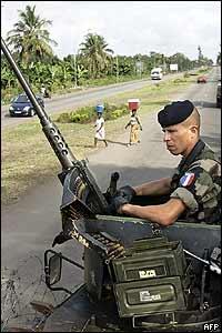 Militar francés en Costa de Marfil.