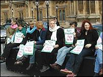 Pro-hunt protestors