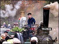 Fred Dibnah's son at his funeral
