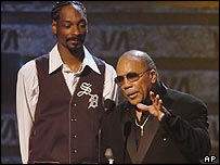 Snoop Dog and Quincy Jones at the Vibe Awards