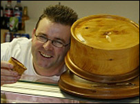 Alan Devlin World Scotch Pie champion 2004