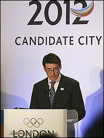 London's bid leader Lord Coe unveils the city's plans in Canary Wharf