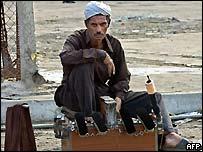 An Iraqi shoe shiner