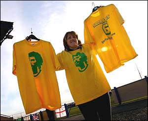 Socrates t-shirt seller
