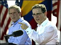 George W Bush and Colombian President Alvaro Uribe