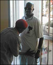 Man being searched in Mogadishu money transfer firm