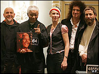 Peter Gabriel, Nelson Mandela, Annie Lennox, Brian May and Yusuf Islam