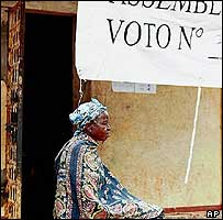 Woman waits to vote in previous elections