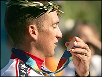 Tyler Hamilton with his Olympic time-trial gold medal