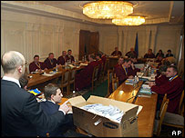 Ukraine's Supreme Court judges listen to appeal by Yushchenko camp