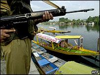 Indian soldier, Dal Lake, Kashmir