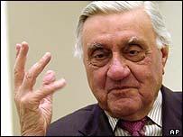 Iraqi elder statesman Adnan Pachachi