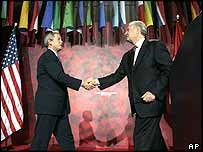US President George Bush and Canadian Prime Minister Paul Martin in Ottawa