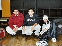 Miembros de la banda de hip hop DAM