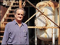 BBC's Mark Tully in Bhopal
