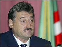 Президент Чечни Алу Алханов