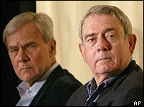 Tom Brokaw (l) with CBS's Dan Rather