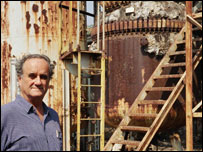 Mark Tully in the ruins of the Bhopal plant