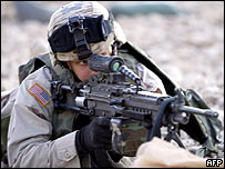 A US soldier during shooting training in Iraq