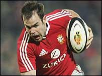 Lions fly-half Charlie Hodgson makes a burst against Taranaki