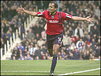 West Brom's Robert Earnshaw celebrates